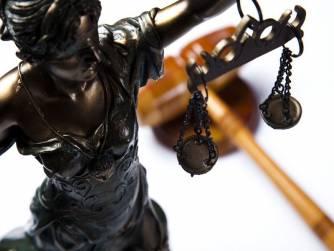 Pogrešna slika o advokatima